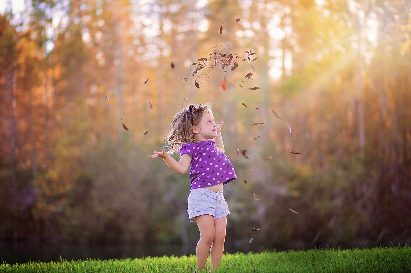 Demo foto eMotion: nena hojas (antes)